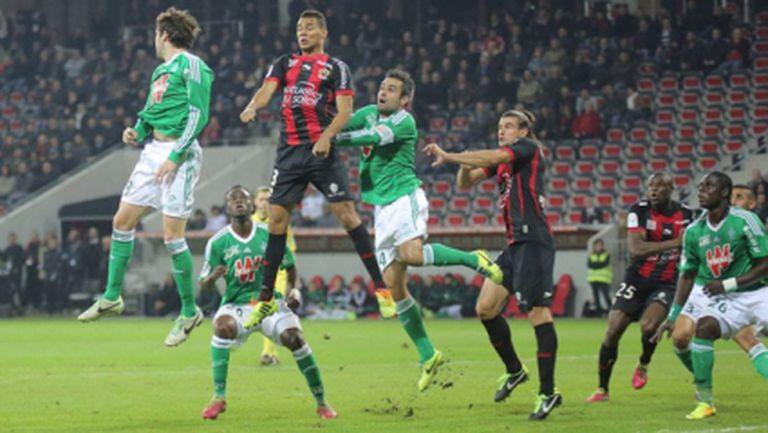Вратарска грешка подари победа на Сент Етиен в Ница