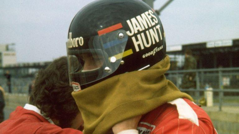 Каската на Джеймс Хънт се продава