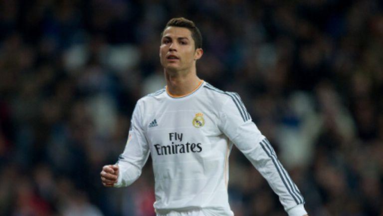 """Реал Мадрид и Кристиано сигурни: """"Златната топка"""" няма да избяга"""