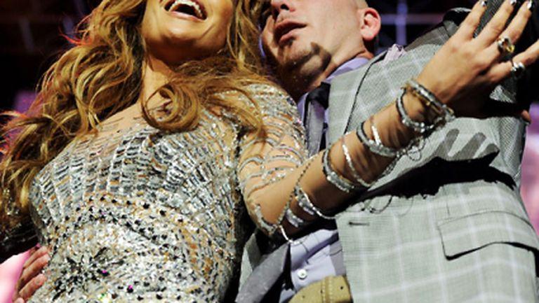 Джей Ло, Питбул и Клаудия Лейте ще изпълняват химна на Мондиал 2014