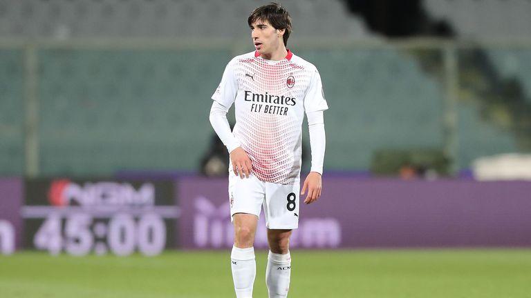 Милан и Бреша почти се споразумяха за Тонали