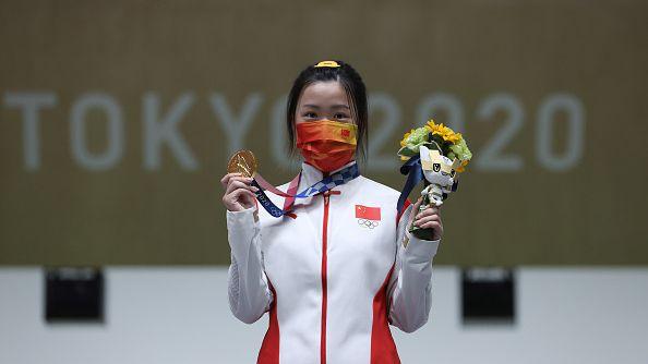 Китайка спечели първия златен медал в Токио