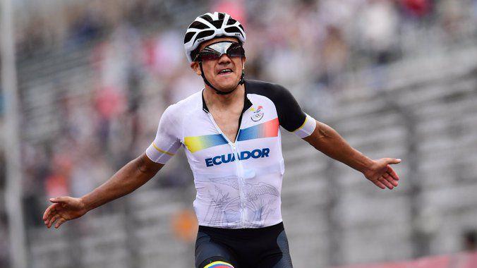 Ричард Карапас спечели олимпийската титла на шосе, Вут ван Аерт и Тадей Погачар се качиха на подиума 🚴