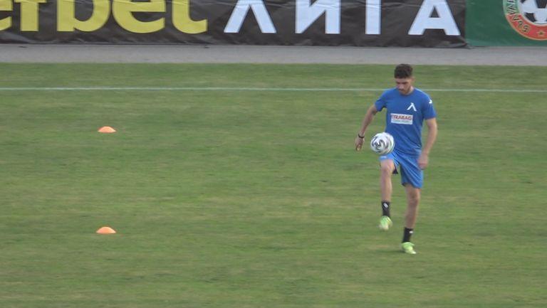 """Шелис дебютира за """"сините"""" срещу Славия"""
