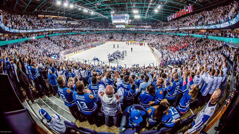 Организаторите на Световното по хокей на лед се надяват на пълни трибуни