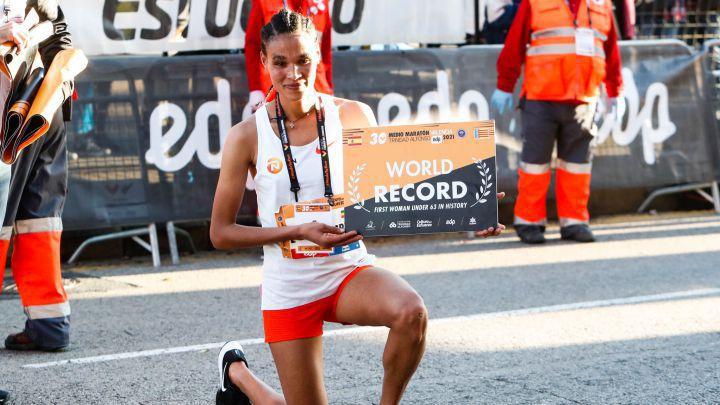 Летенсенбет Гидей подобри световния рекорд в полумаратона