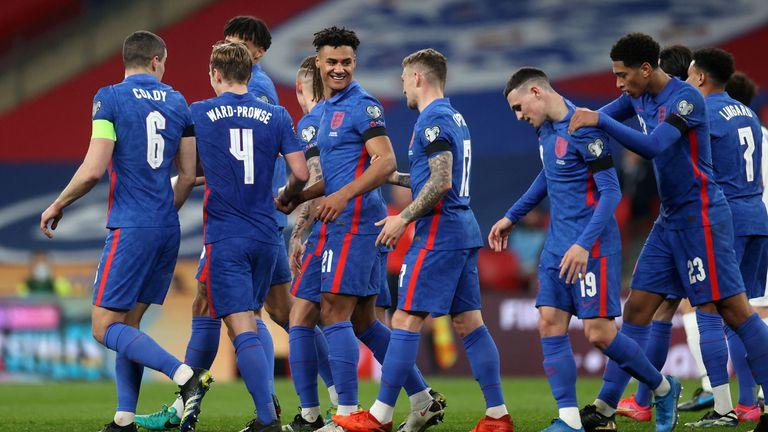 Англичаните вкараха пет гола на аутсайдер (видео)