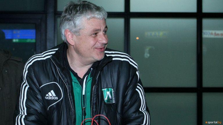 Стоев призна: Надявах се Лацио да продаде Клозе (видео)