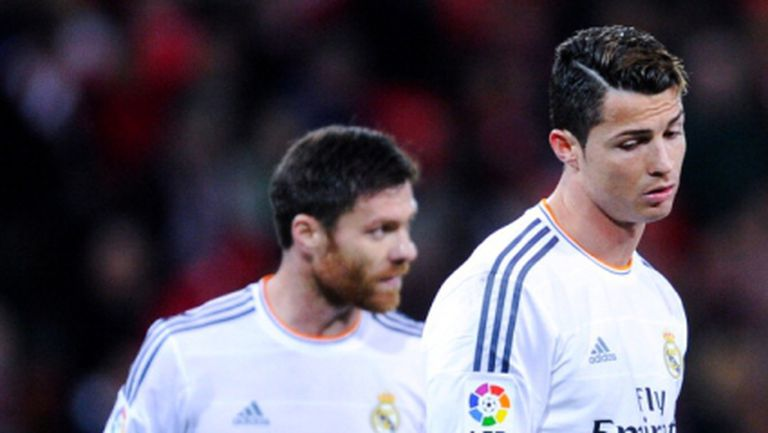 Горещо, горещо: Реал Мадрид само с точка в Билбао, Кристиано изгонен (видео)