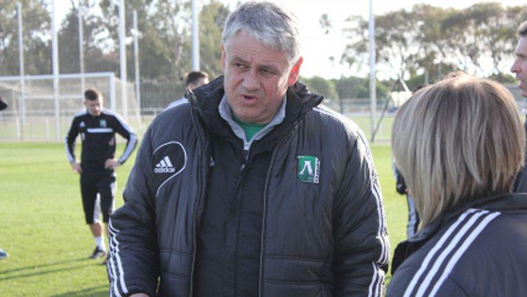 Стойчо Стоев за новия треньор: Трябва бързо да го интегрираме (видео)