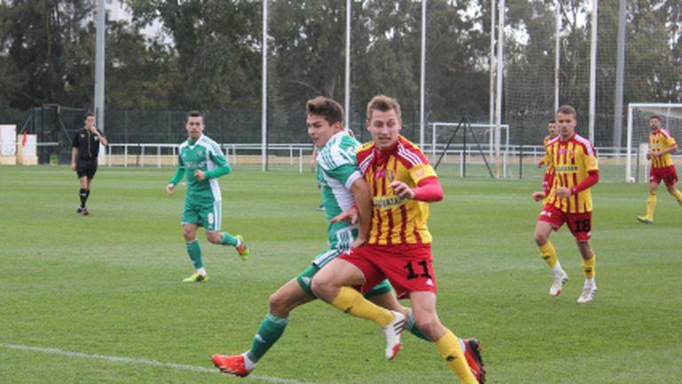Стойчо Стоев привика футболистите на разбор