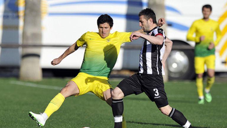 Локо (Пд) допусна три гола за две минути срещу Анжи