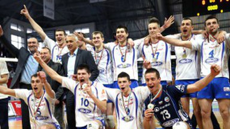 Волейболистите на Марек със златен дубъл! (ВИДЕО + ГАЛЕРИИ)