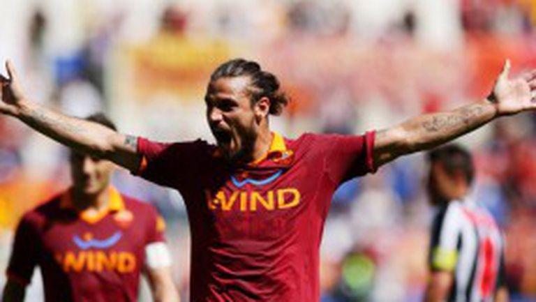 Освалдо се развихри и Рома прегази Сиена (видео)