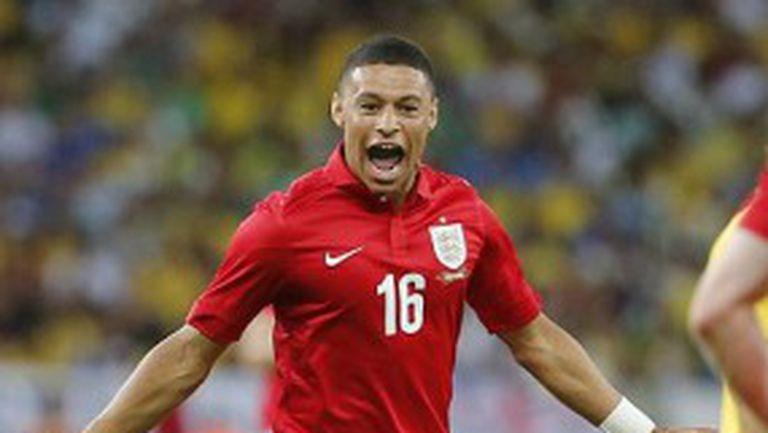 Бивш английски национал проспа гола на сина си срещу Бразилия