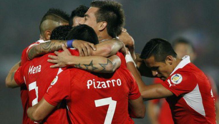 Чили надигра Боливия
