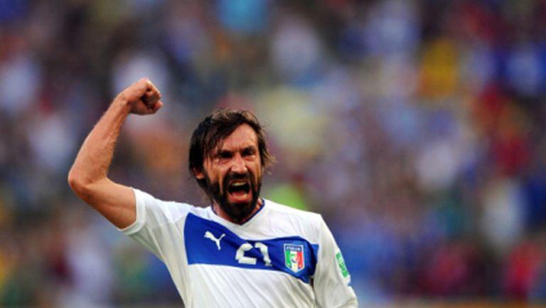 Италия пречупи Мексико, Пирло със супер гол в стотния си мач (видео)