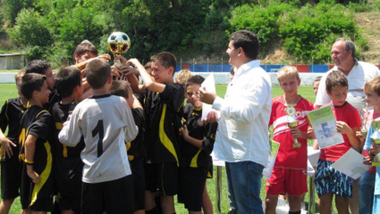 Децата на Ботев Пд станаха шампиони на престижен турнир - ЦСКА е трети