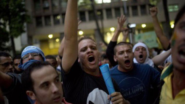 """Властите в Рио и Сао Пауло """"клекнаха"""" в разгара на Купата на конфедерациите"""