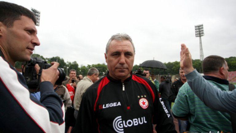 Стоичков прави ЦСКА сателит на Барса и Фейенорд