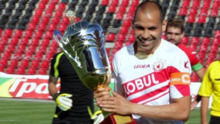 Изгонен от ЦСКА преговаря с европейски клубен шампион