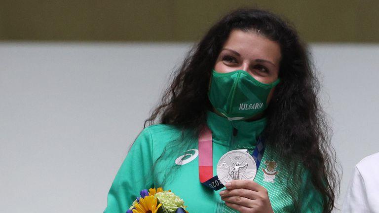 Честито! Антоанета Костадинова донесе първи медал на България! 🇧🇬🥈