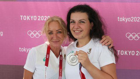 Мария Гроздева: Огромен респект към Антоанета! За стрелбата, за България този медал значи страшно много 🥈