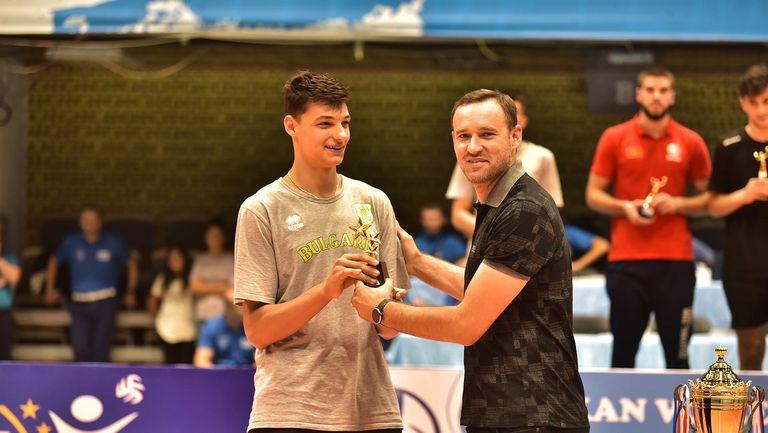 Алекс Николов MVP, България U19 с две индивидуални награди на Балканиадата U20🏐💪