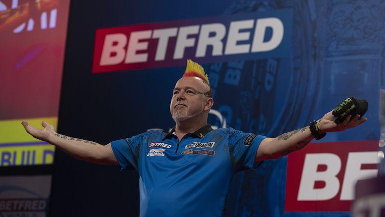 Безпощаден Питър Райт спечели Световния мачплей по дартс