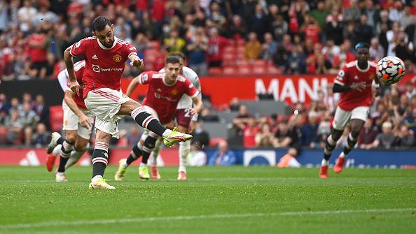 Астън Вила шокира Юнайтед с 1:0 като гост, Бруно пропусна дузпа в добавеното време