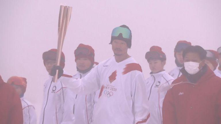 Олимпийският огън на ски