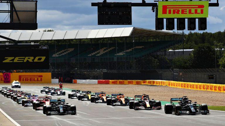Официално: Формула 1 с три спринтови състезания през 2021-а
