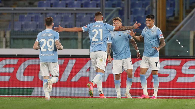 Лацио нанесе тежка загуба на Милан и се върна в играта (видео)