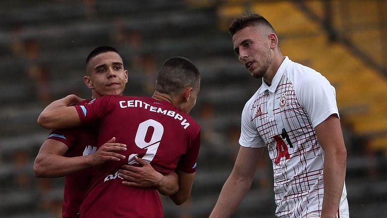 Иван Аврамов направи резултата 5:2 в полза на Септември срещу ЦСКА-София