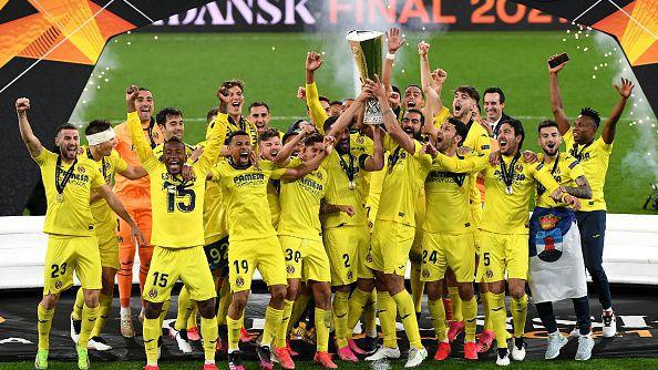 Виляреал вдигна за първи път трофея в Лига Европа!