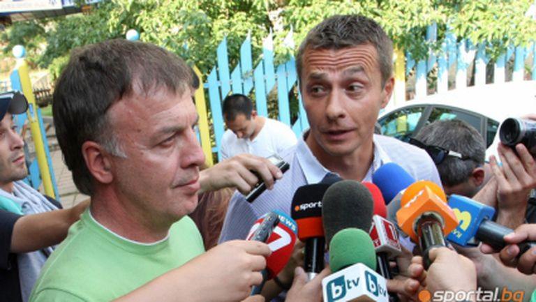 """Батков изумен от Йоканович, сърбинът не води нито един """"свой"""" играч в Левски"""