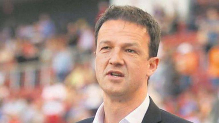 Шеф в Щутгарт иска реформа в Лига Европа