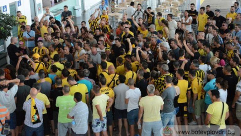 Шампионско посрещане за Ботев (снимки)