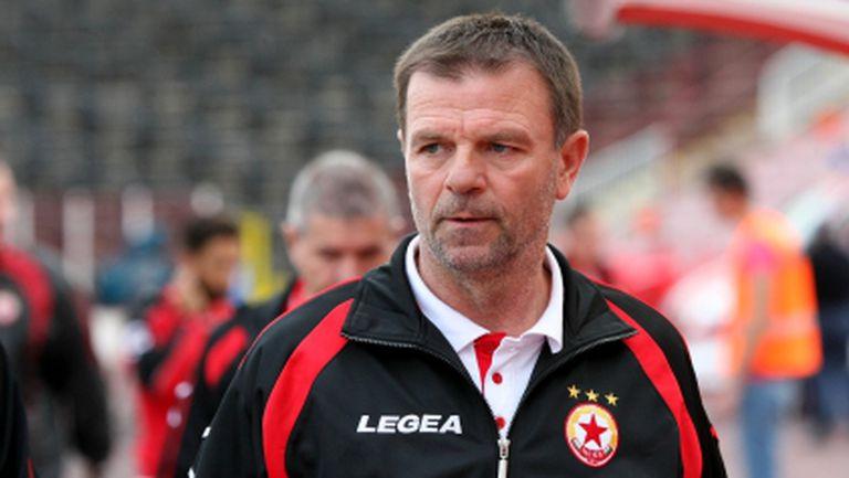 Стойчо обясни защо не е пуснал младата звезда на ЦСКА