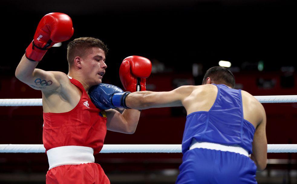Даниел Асенов стартира с успех на Олимпийските игри в Токио 🥊