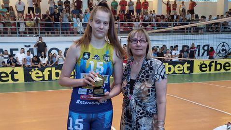Ива Дудова MVP на финалите в София 🏐