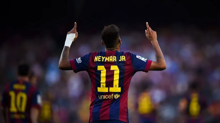 Барселона и Неймар си стиснаха ръцете
