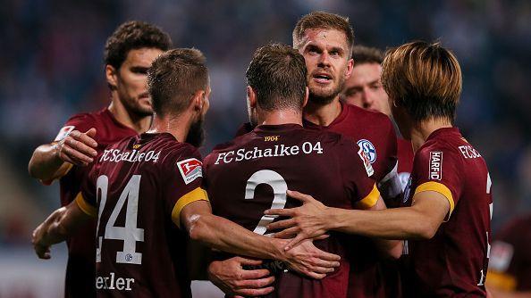 Шалке спечели гостуването си на Ханза с 2:0