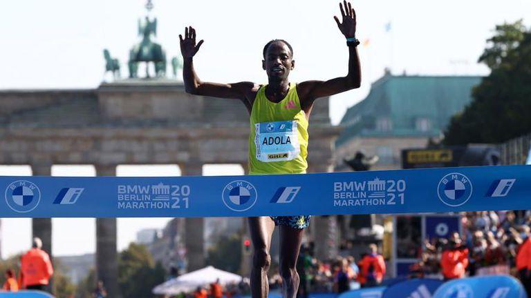 Адола спечели маратона на Берлин, Бекеле завърши трети