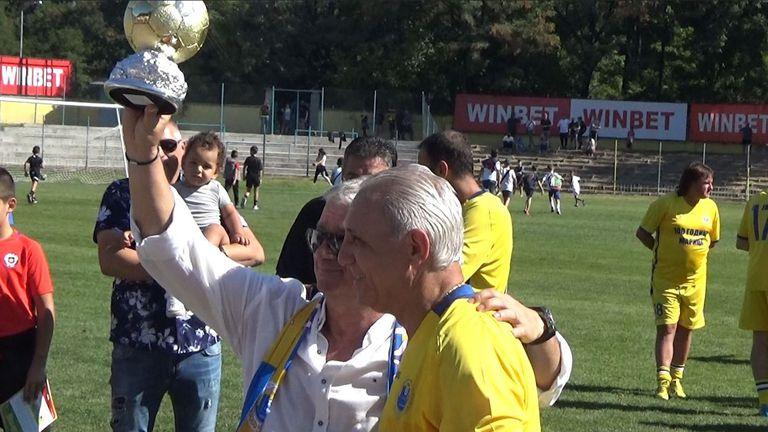 Христо Стоичков благодари на бившите си треньори