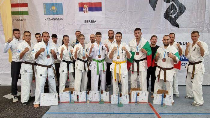 15 медала за България на Европейското по карате киокуишин