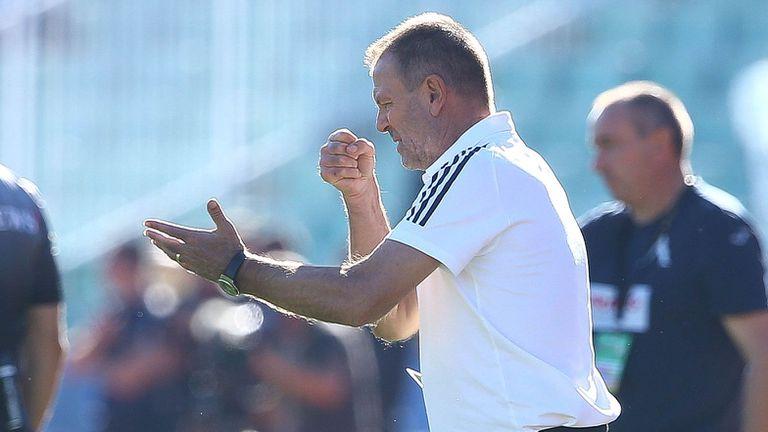 Младенов: Още една рутинна победа над Левски, можеше да вкараме и още