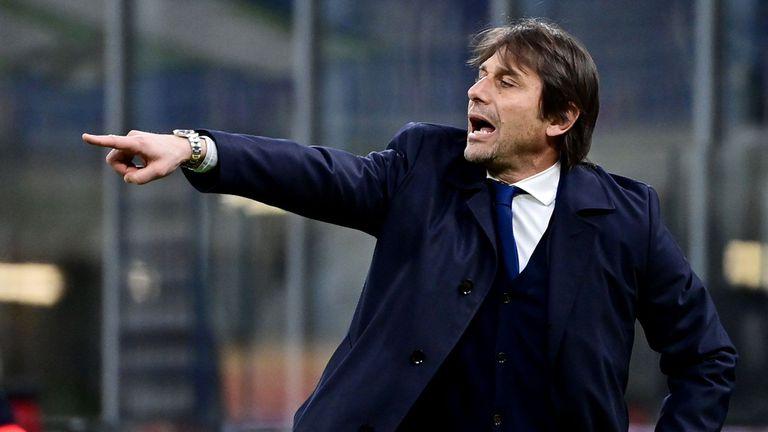 """В Италия: Конте чака обаждане от """"Олд Трафорд"""", но собствениците на Юнайтед имат три колебания"""