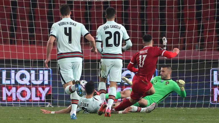 Сърбия и Португалия си размениха по едно полувреме, Роналдо бесня в края