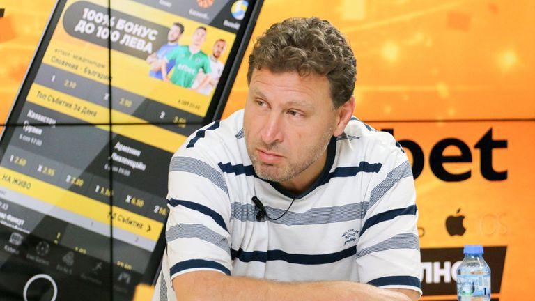 Вили Вуцов: Солскяер е като мумия, която трябва да си плати билет, че гледа мача отблизо